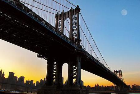 Vídeo: el Puente de Manhattan en movimiento... literalmente
