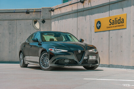 Alfa Romeo Giulia Lusso 2021 Fotos Prueba De Manejo Resena Opiniones Mexico 80