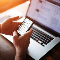 Atender al móvil también es trabajo: AXA reabre el debate sobre el derecho a la desconexión digital
