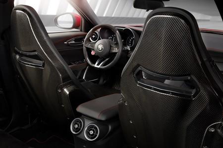 Alfa Romeo Giulia Quadrifoglio Int3