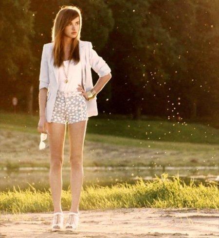 Rebajas Verano 2010 en España: 5 recomendaciones para comprar ropa por celebrities y streestyle. Blazer