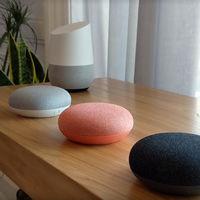 Google Home ya a la venta en España y lo hemos probado: qué puedes y qué no puedes hacer con él