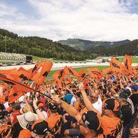 'Ready to Race': KTM te lleva al Gran Premio de Montmeló por 99 euros con un pack de regalos