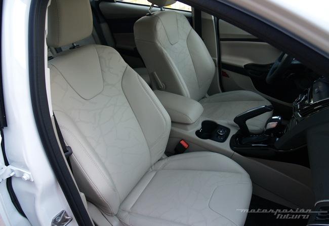 Ford Focus eléctrico toma de contacto en Dearborn (interior) 14