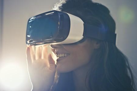 Qué necesito para poder disfrutar de la realidad virtual en casa: espacio, accesorios, iluminación, hardware...