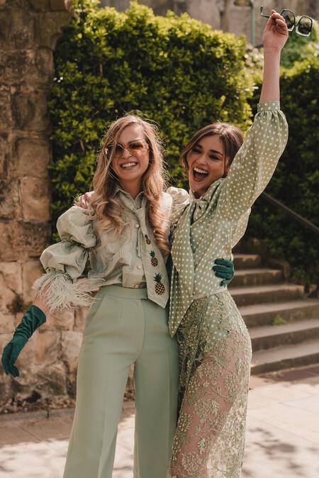 Blusas muy sofisticadas para combinar con pantalones y faldas y lucir como invitada de boda diez
