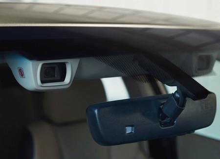 Subaru Legacy 2020 1600 0e