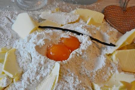 Cómo abrir un huevo para separar clara y yema