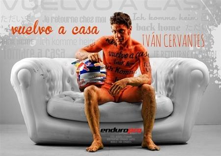 Iván Cervantes de nuevo con piel naranja.
