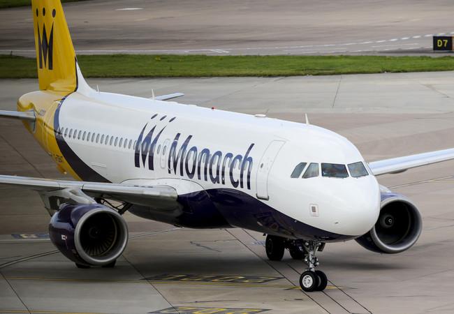 Nuevo caos en los aeropuertos: Monarch suspende todos sus vuelos
