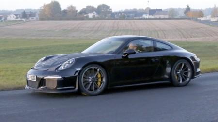 Porsche prepara un par de lanzamientos para Ginebra, ¿adivinas cuáles son?