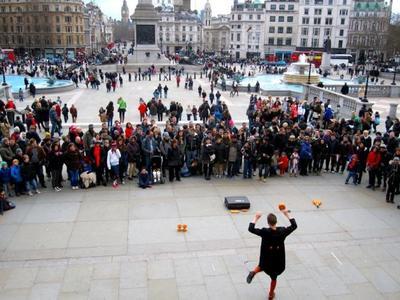 Artistas callejeros en Trafalgar Square
