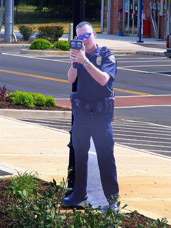 Policia de carton en Smyrna