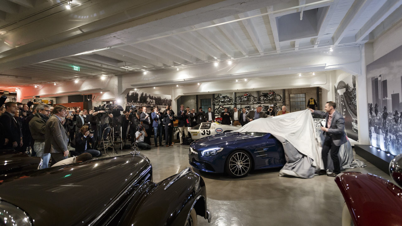 Mercedes benz sl 2016 presentado en garage lleno de for Garage mercedes pellouailles les vignes