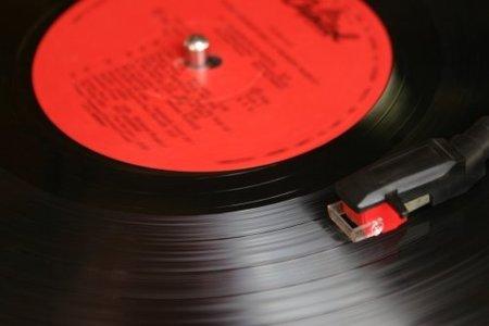 ¿Vinilo o digital? ¿Qué formato ofrece mejor audio?
