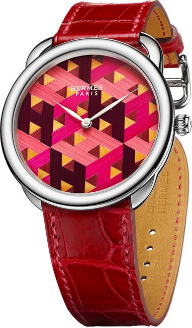 El reloj Arceau H Cube de Hermès, marquetería fina en miniatura