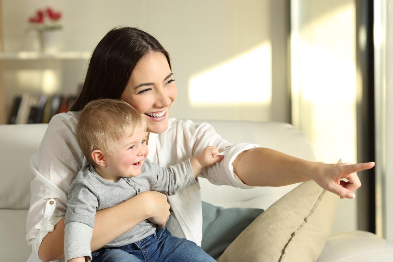 Interactuar con nuestros hijos desde bebés ayuda a un mejor desarrollo cerebral del niño, según demuestra un...