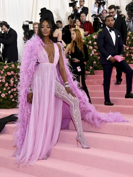 Gala MET 2019: Naomi Campbell se convierte en el centro de las miradas con su total look rosa