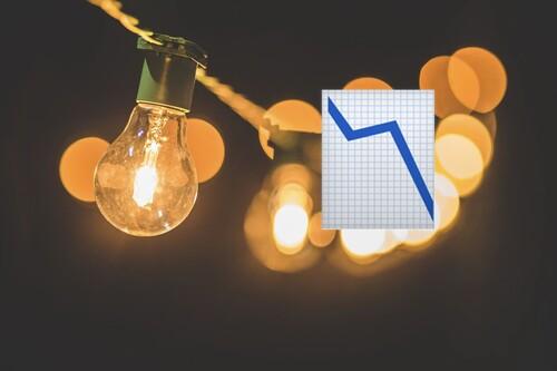Bajar la potencia para ahorrar en la luz: cómo saber por Internet si puedes hacerlo según tus picos de consumo
