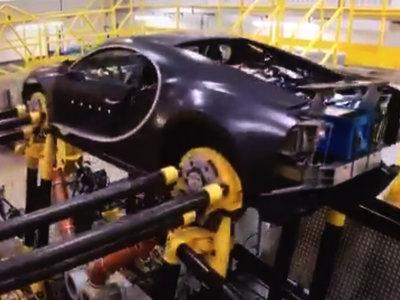 ¡Alucinante! El Bugatti Chiron se pone a punto para Nürburgring usando unas estructuras muy, muy locas