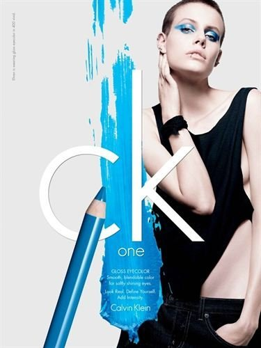 Calvin Klein vuelve de nuevo al mercado del maquillaje