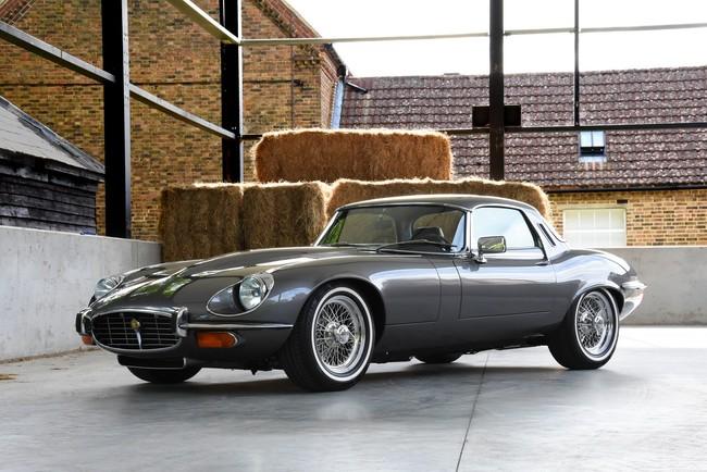 Este precioso Jaguar E-Type restomod de 1974 es ahora más fiable, seguro y cómodo