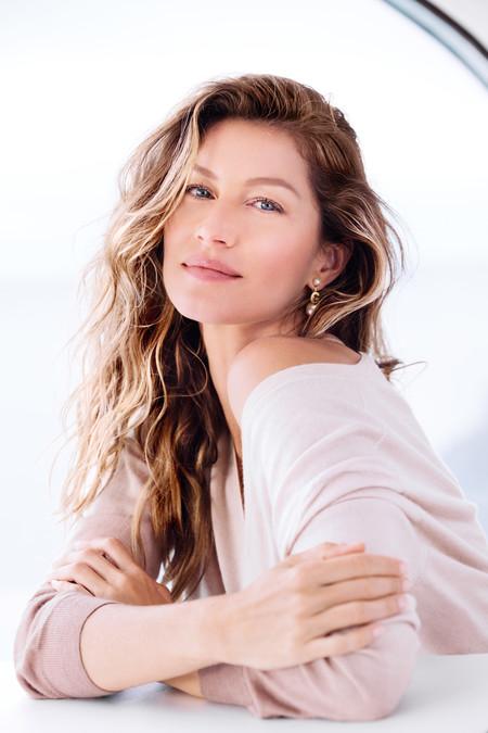Gisele Bündchen se convierte en el nuevo (y precioso) rostro de Dior
