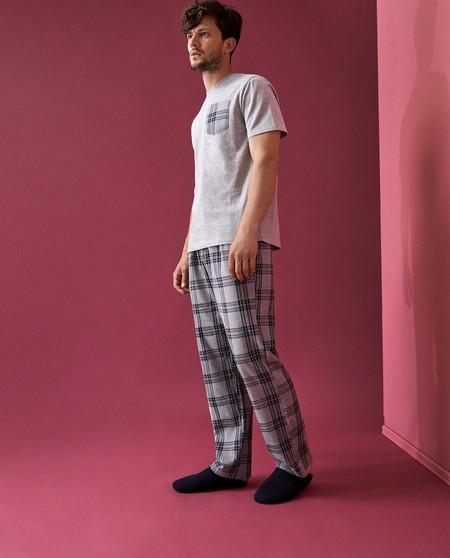 Los Cuadros El Invierno Tambien Se Meten A Tu Cama Con Las Pijamas Que Encontramos En Zara Home