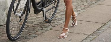 Cinco ejemplos de que las sandalias blancas se adaptan a todos los estilos posibles