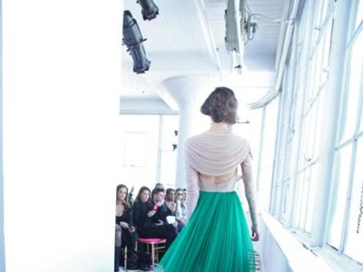 """Los 13 vestidos """"made in Spain"""" que encajarían perfectamente en la alfombra roja de los Oscar"""