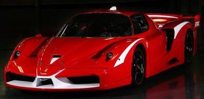 Michael Schumacher pone a tono el Ferrari FXX