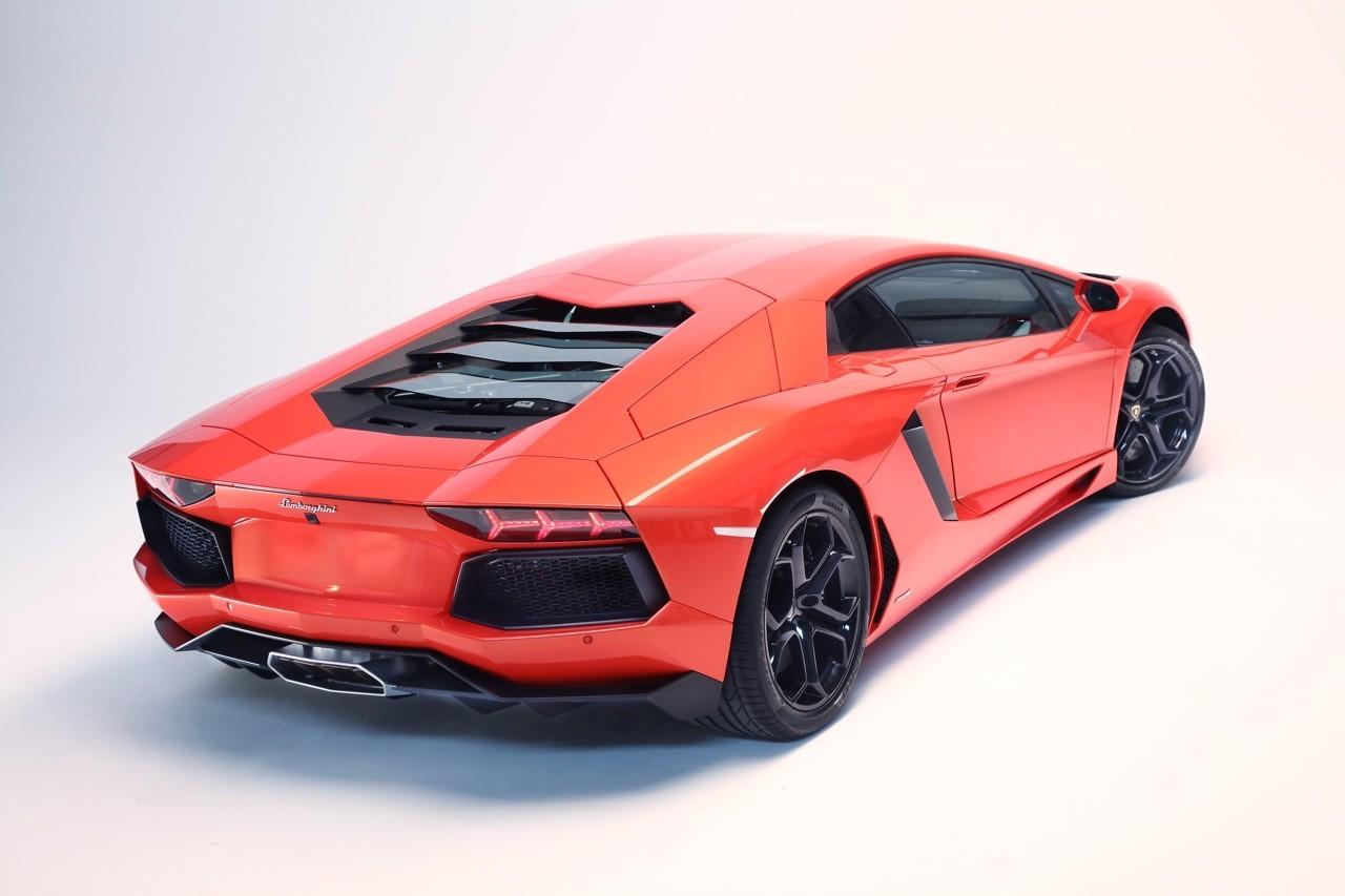 Foto de Lamborghini Aventador LP700-4 (53/62)