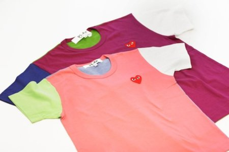Colección de camisetas Merry Happy Crazy Colour de Comme des Garçons