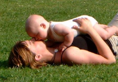 ¿Reciben las madres que dan biberón apoyo e información?