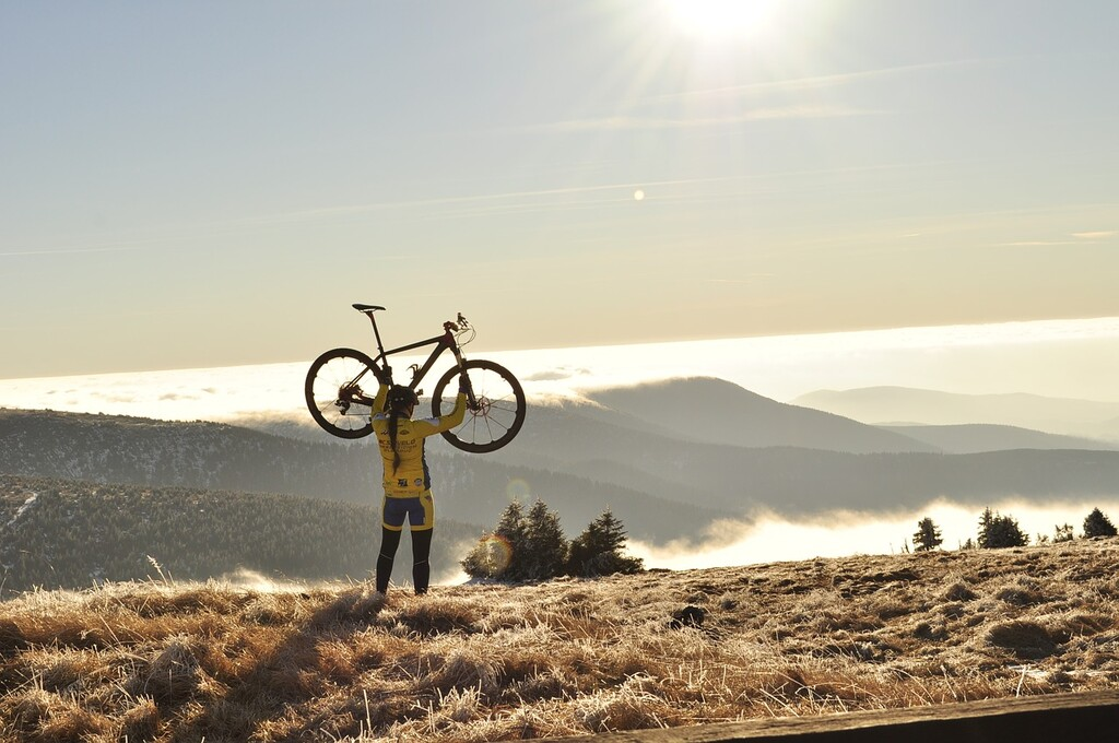 Todos los beneficios que obtendrás de empezar a practicar ciclismo y moverte más en bici