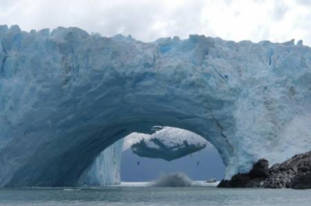El glaciar Perito Moreno y sus únicos e increíbles ciclos de rupturas y derrumbes