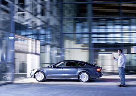Audi Garage Parking Pilot, aparcando el coche con el móvil