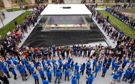 """Las Apple Store notan un descenso de ventas debido a la """"sequía"""" de novedades"""