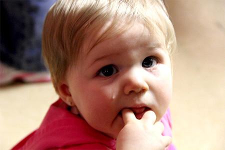 ¿Puede un bebé llorar de emoción?