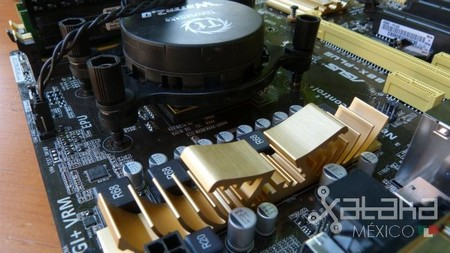 AMD_APU_Kaveri_FM2+_socket