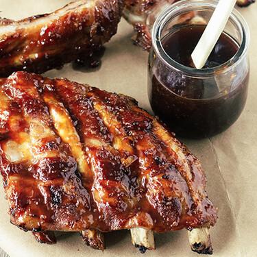 Costillas de cerdo a la BBQ. Receta clásica de carne