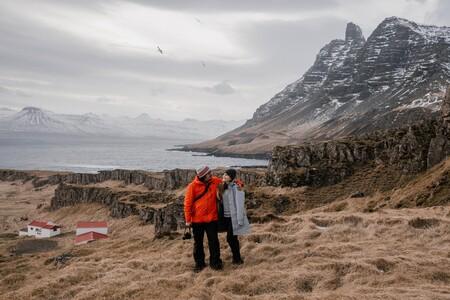 Chollos en chaquetas, cortavientos y abrigos de marcas como Napapijri, The North Face o Columbia en Amazon y El Corte Inglés