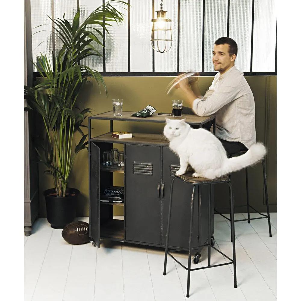 Mueble bar industrial con ruedas de metal gris antracita Kraft de Maisons du monde