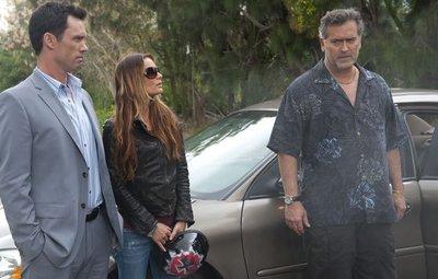 'Burn notice' da una vuelta de tuerca en la quinta temporada