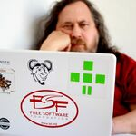 La Free Software Foundation se queda sin el apoyo financiero de Red Hat tras la vuelta de Richard Stallman