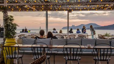 La ruta de las mejores terrazas de España para disfrutar del verano cómo nos merecemos