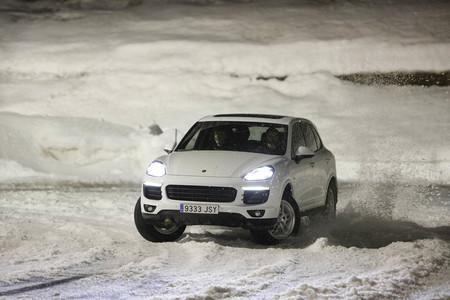 Prueba Porsche Cayenne Diesel hielo