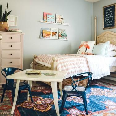 Antes y después: un dormitorio infantil con varios ambientes y mucho encanto