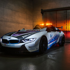 bmw-i8-roadster-formula-e-safety-car
