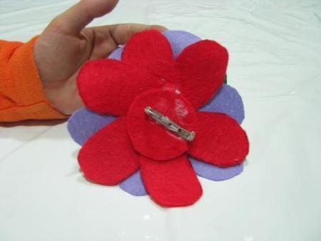 flor por detrás